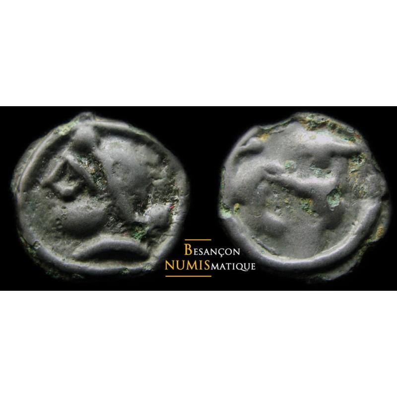 Monnaie gauloise, Eduens, Potin au casque à visière et protège nuque