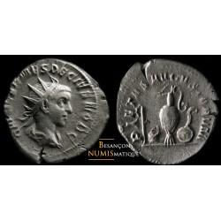 Monnaie romaine, antoninien de Etruscus avec Instruments pontificaux.