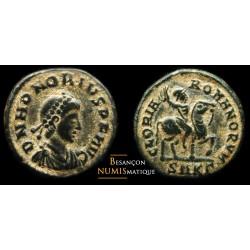 Monnaie romaine, nummus de Honorius au revers ROMANORVM