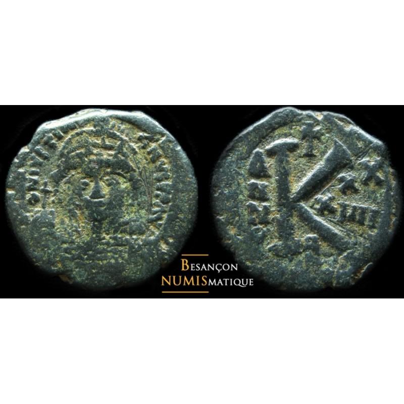 JUSTINIEN  - AE DEMI- Follis - ANNÉE 34, off. Gamma - Constantinople - SEAR 165